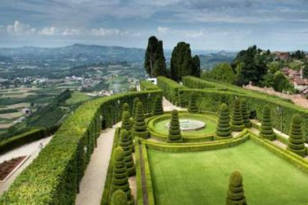 lemma giardino castello guarene